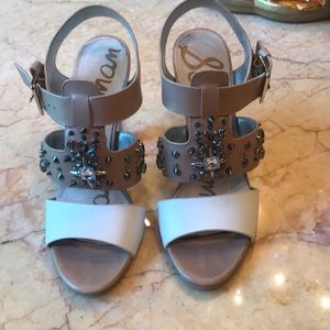 Sandals with lucite hell!!